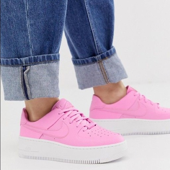 Nike Air Force Sage Low Psychic Pink 85